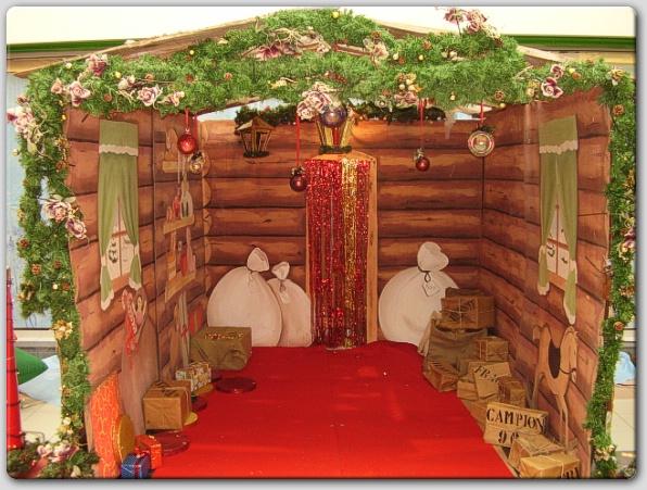 Casetta Di Natale Gonfiabile : Noleggio casetta ricorrenze ed eventi speciali natale